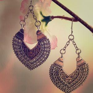 Jewelry - 🦋BEAUTIFUL🦋 BOHO SILVER EARRINGS NEW!